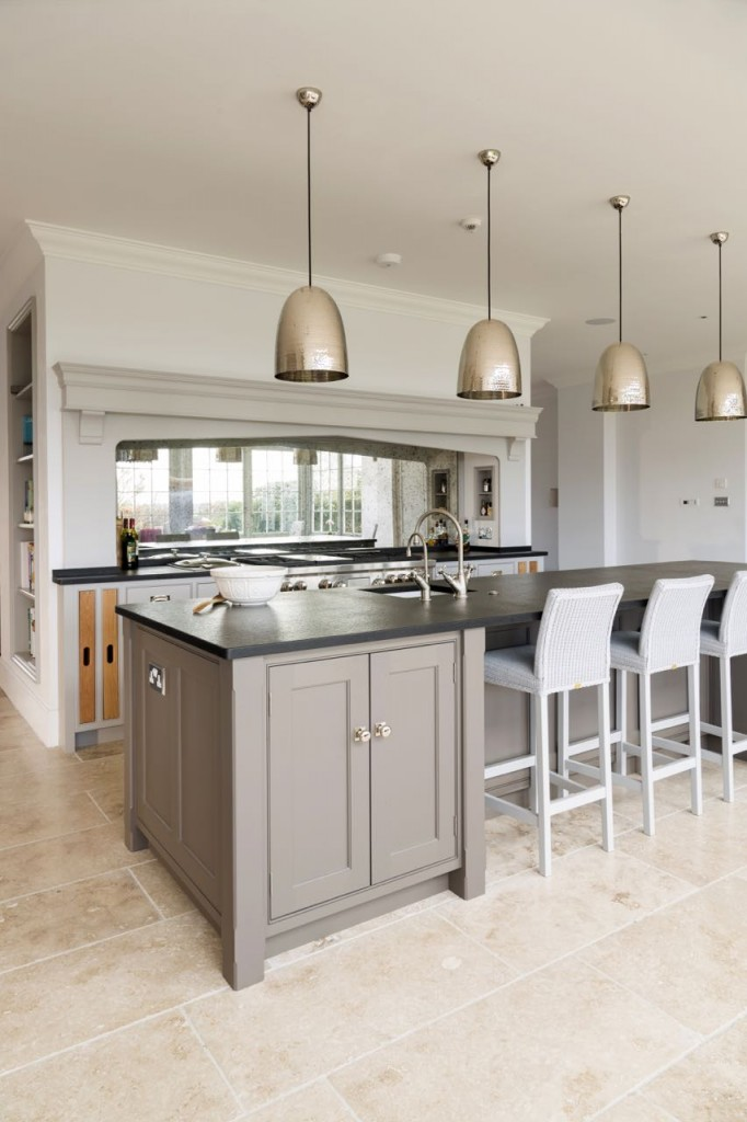 Nickelby Kitchen - Designed by Humphrey Munson Kitchens 3