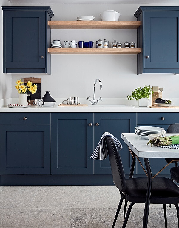 03 JLH Shaker Layon Kitchen_Blake Blue_portrait_priced from £25k inc. vat